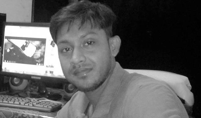 एक महीने में दूसरे पत्रकार की हत्या