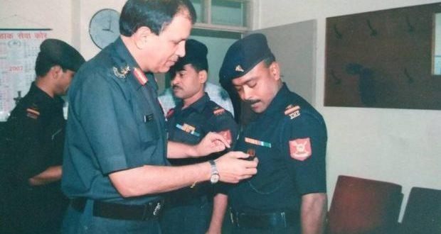 30 साल तक देश की रक्षा करने वाले मुस्लिम सैनिक से मांगा जा रहा है भारतीय होने का सबूत