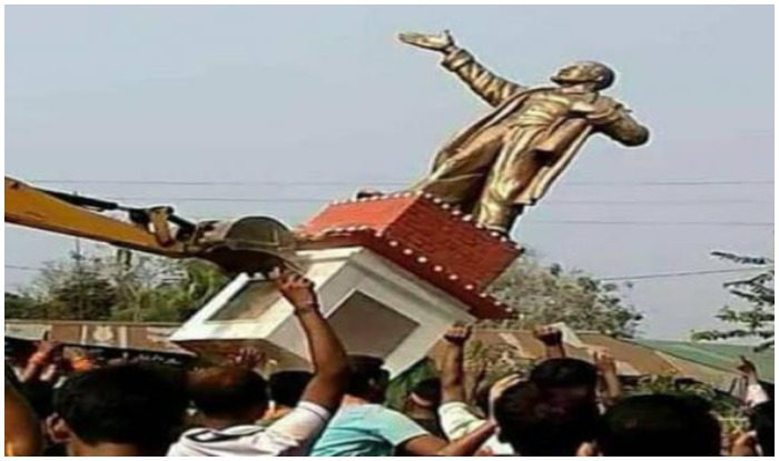 त्रिपुरा: भाजपा की जीत के बाद हिंसा भड़की, लेनिन की मूर्ति तोड़ी