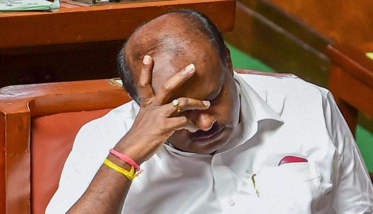 कर्नाटक में गिरी कुमारस्वामी सरकार, मायावती ने की बड़ी कार्रवाई!