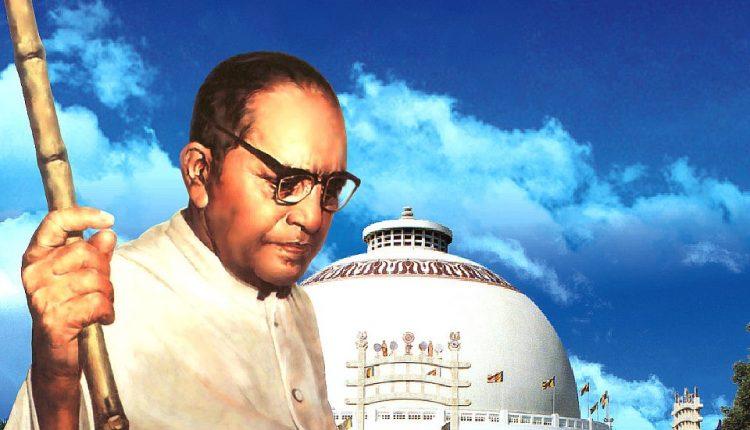 डॉ. बी.आर. आंबेडकर ने हिंदू धर्म छोड़कर बौद्ध धर्म ही क्यों अपनाया?