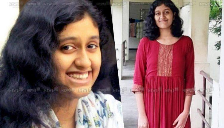 मद्रास IIT टाॅपर फातिमा लतीफ के पिता ने कहा मेरी बेटी ने खुदखुशी नहीं की है