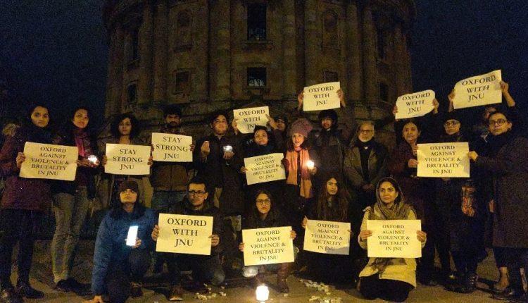 पॉन्डिचेरी से ऑक्सफोर्ड तक के विश्वविद्यालय परिसरों में जेएनयू हिंसा के ख़िलाफ़ प्रदर्शन