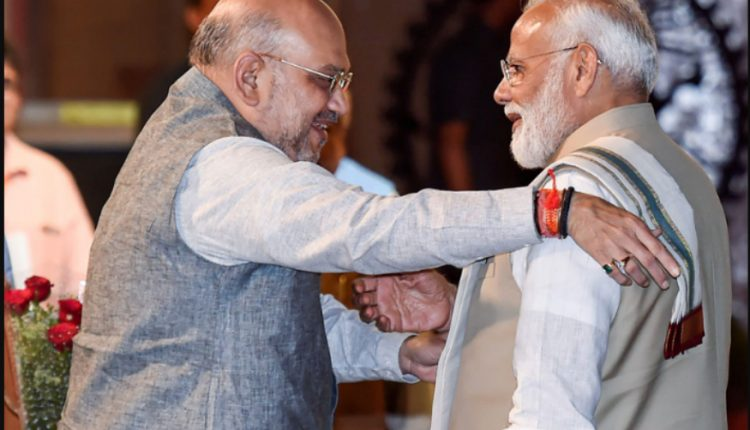 JNU हिंसा: मोदी जी और शाह जी ने 90 साल बाद दिला दी नाजी शासन की याद