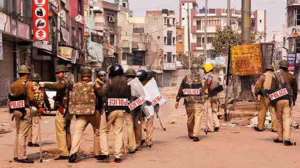 दिल्ली हिंसा पर हाई कोर्ट ने पुलिस को अलर्ट रहने के दिए निर्देश